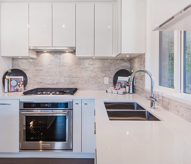 trafalgar_homes_kitchen01_940x569